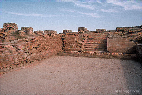 Essay On A Visit To A Historical Place Mohenjo Daro