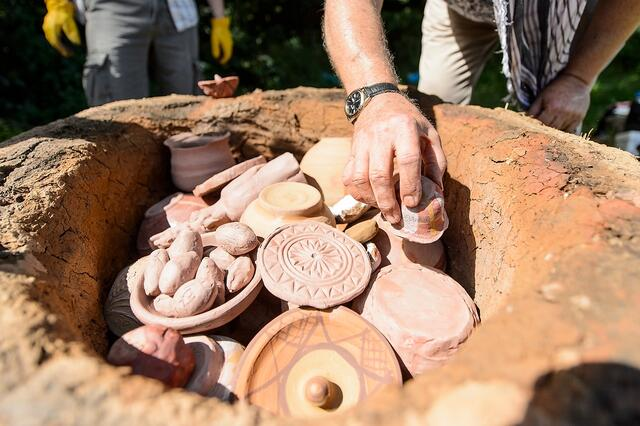 Recreating ancient kilns