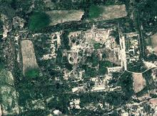 The site is about 100 hectares surrounded by agricultural fields.